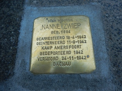 Thorbeckelaan 20 stolperstein dominee Nanne Zwiep.jpg