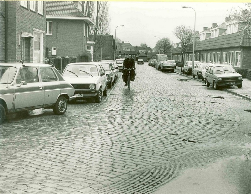 Borneostraat april 1982.jpg