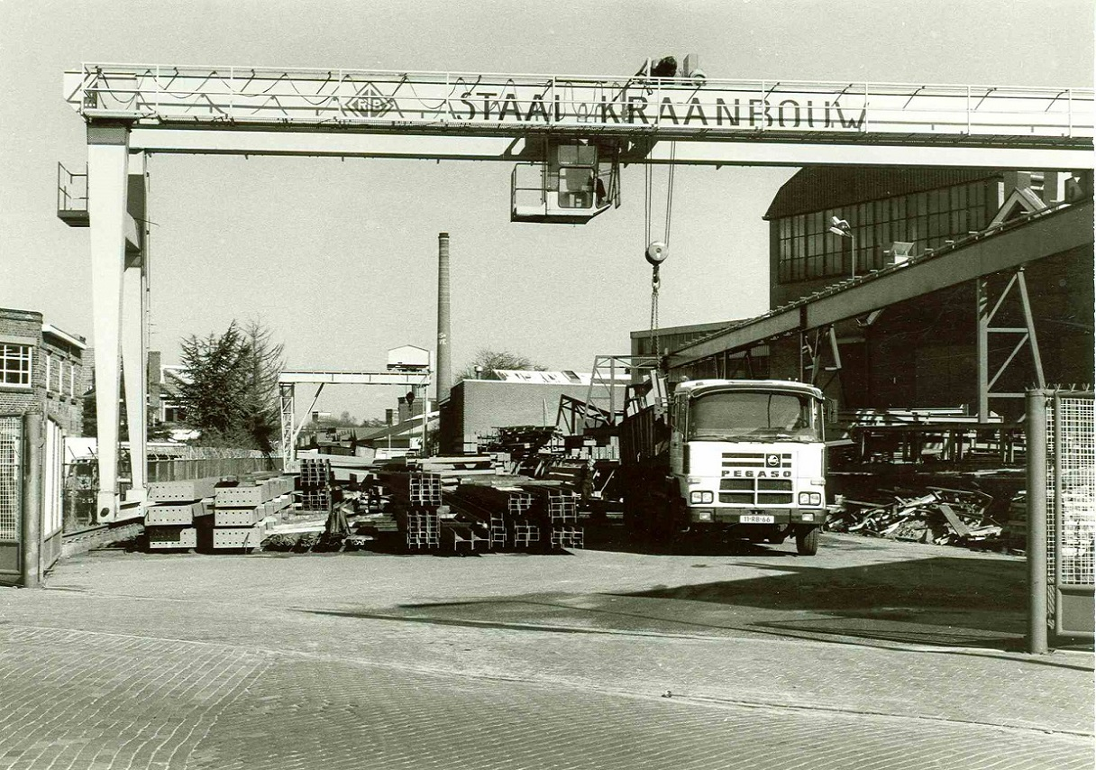 Deurningerstraat 1980 Machinefabriek Rörink & V.d. Broek.jpg