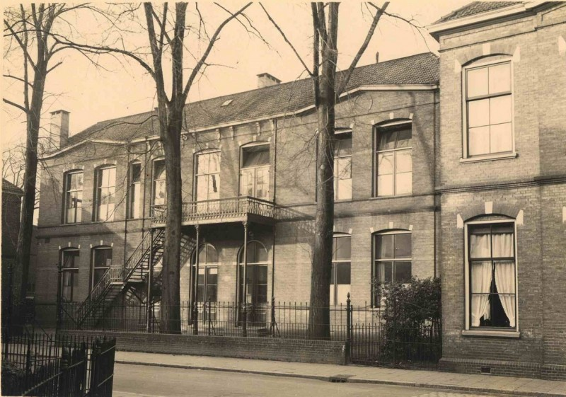 Brinkstraat 4 1931 School B waarin later school U.L.O-A.jpg