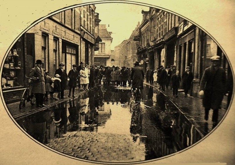 Haverstraat 1928 wateroverlast.jpg