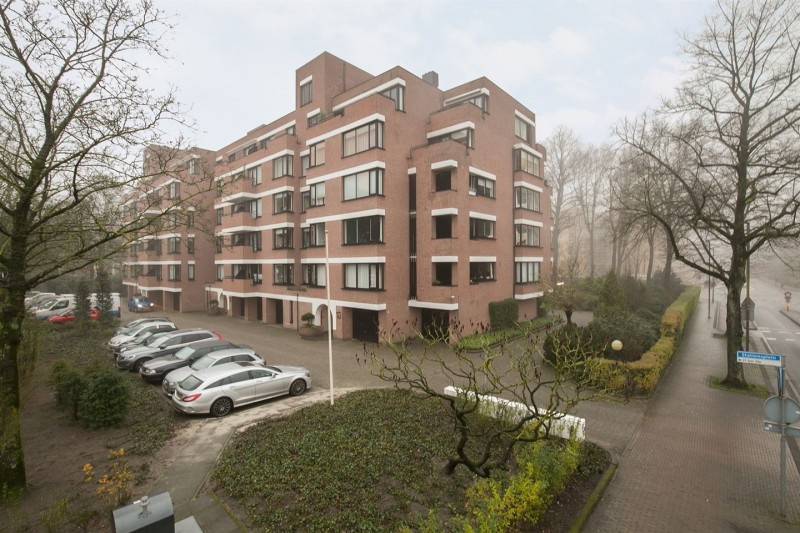 Stationsplein appartementencomplex Ruyterborch..jpg
