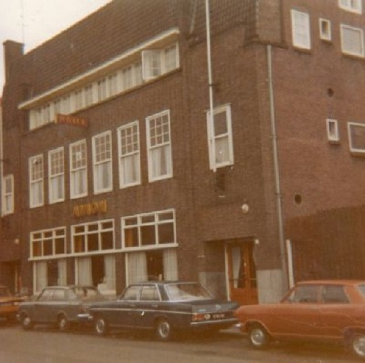 Deurningerstraat Hotel Avion.jpg